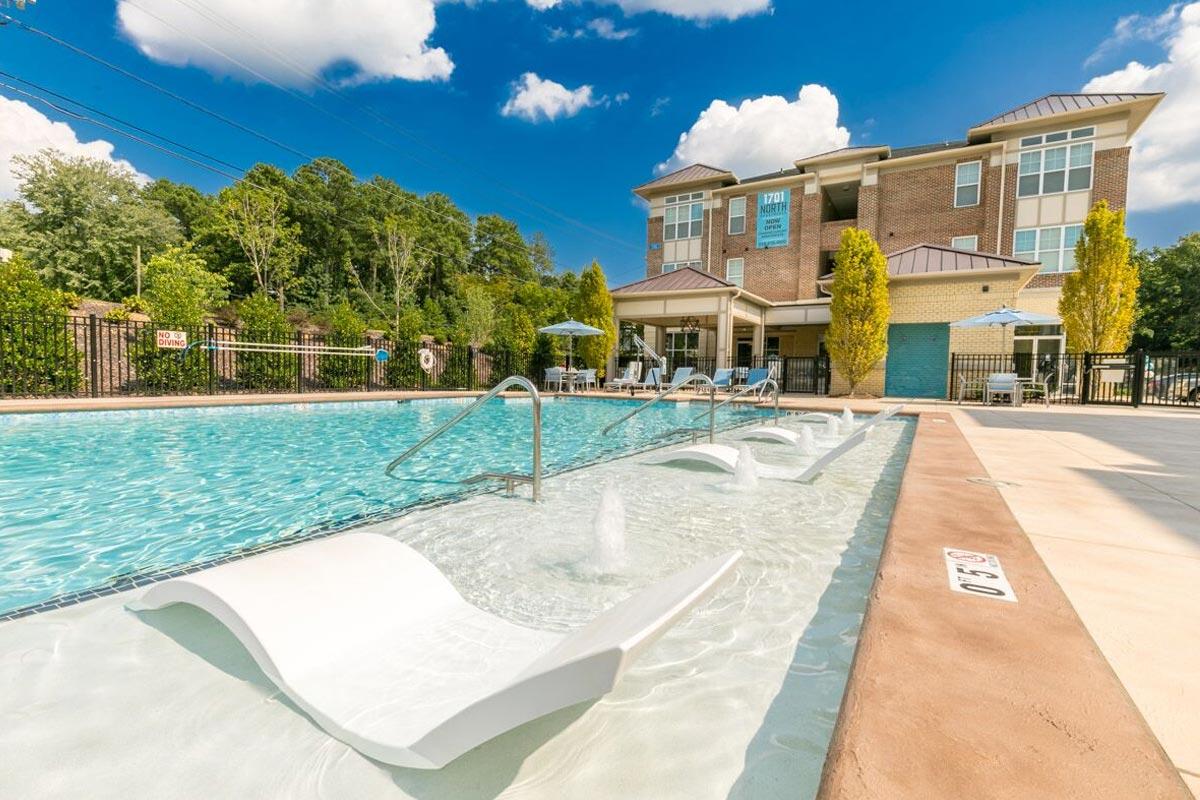 Evolve Companies 1701 North Chapel Hill Apartments Amenities Pool