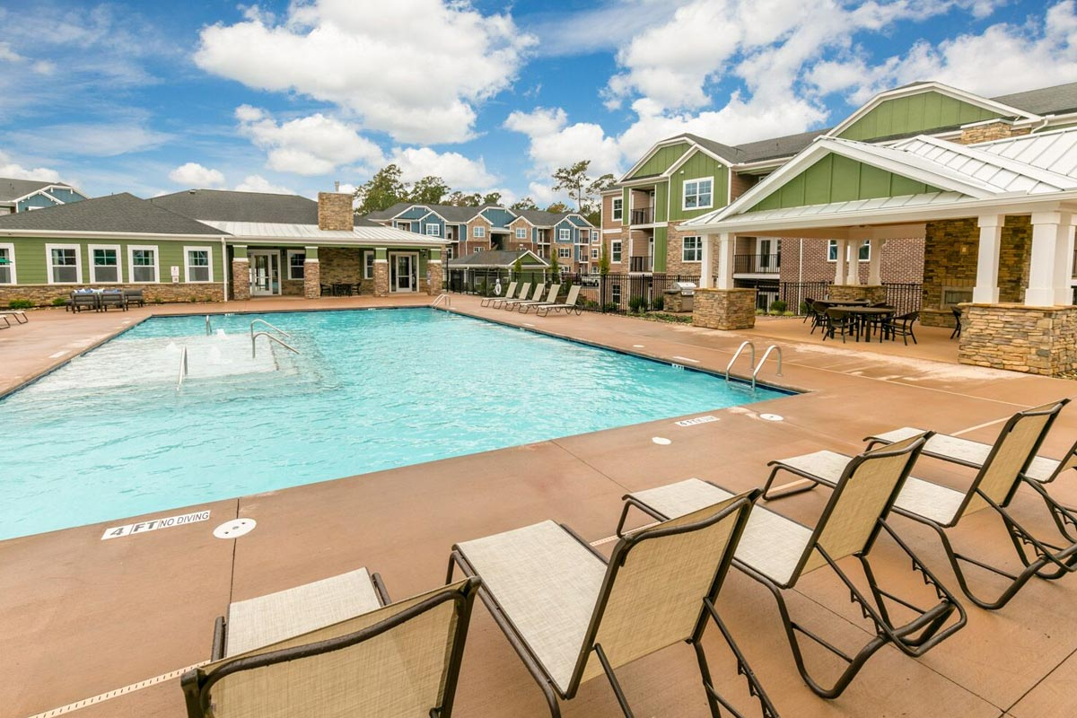 Evolve Companies Timber Creek Luxury Apartments Salt Water Pool