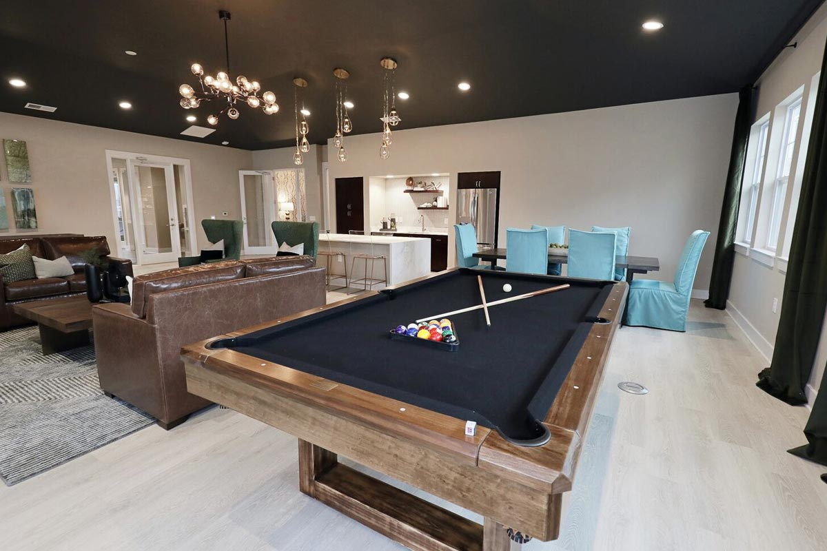 Evolve Companies Timber Creek Luxury Apartments Front Office