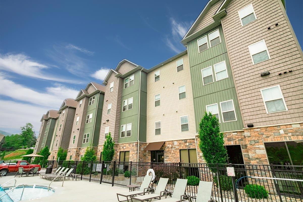 Evolve Companies 808 West Apartments