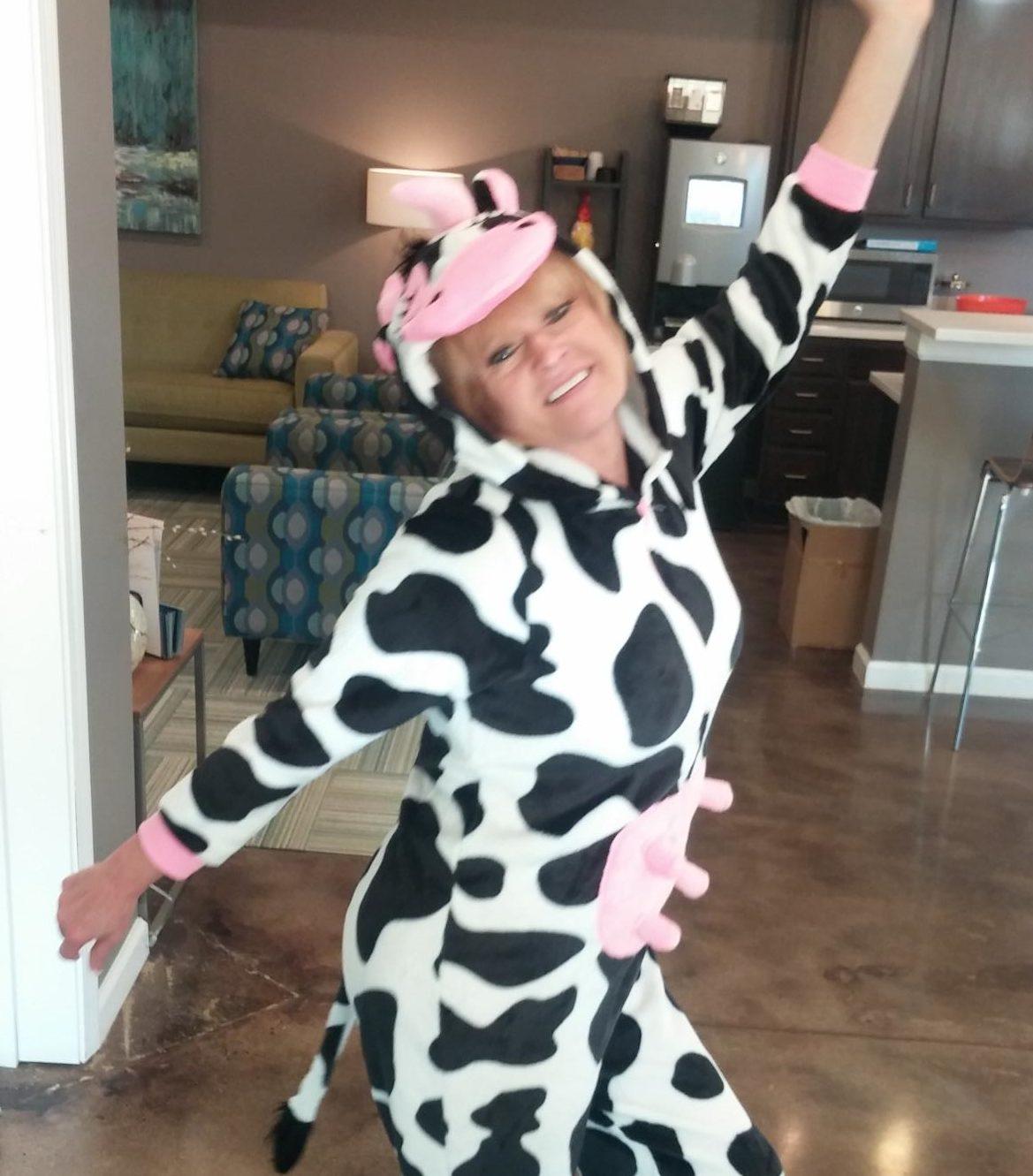 evolve-blog-halloween-party-cow