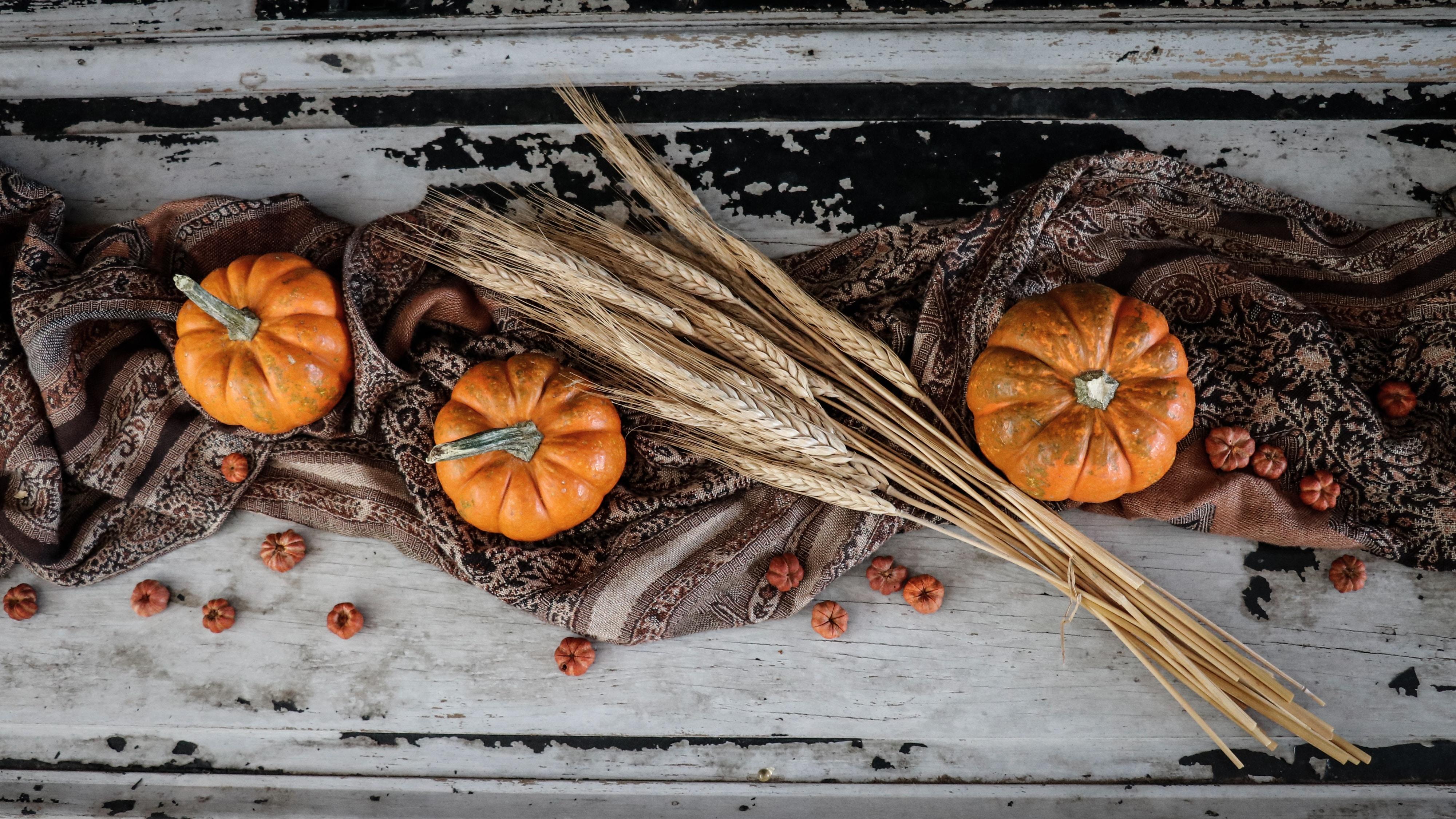 thanksgiving-fall-centerpiece