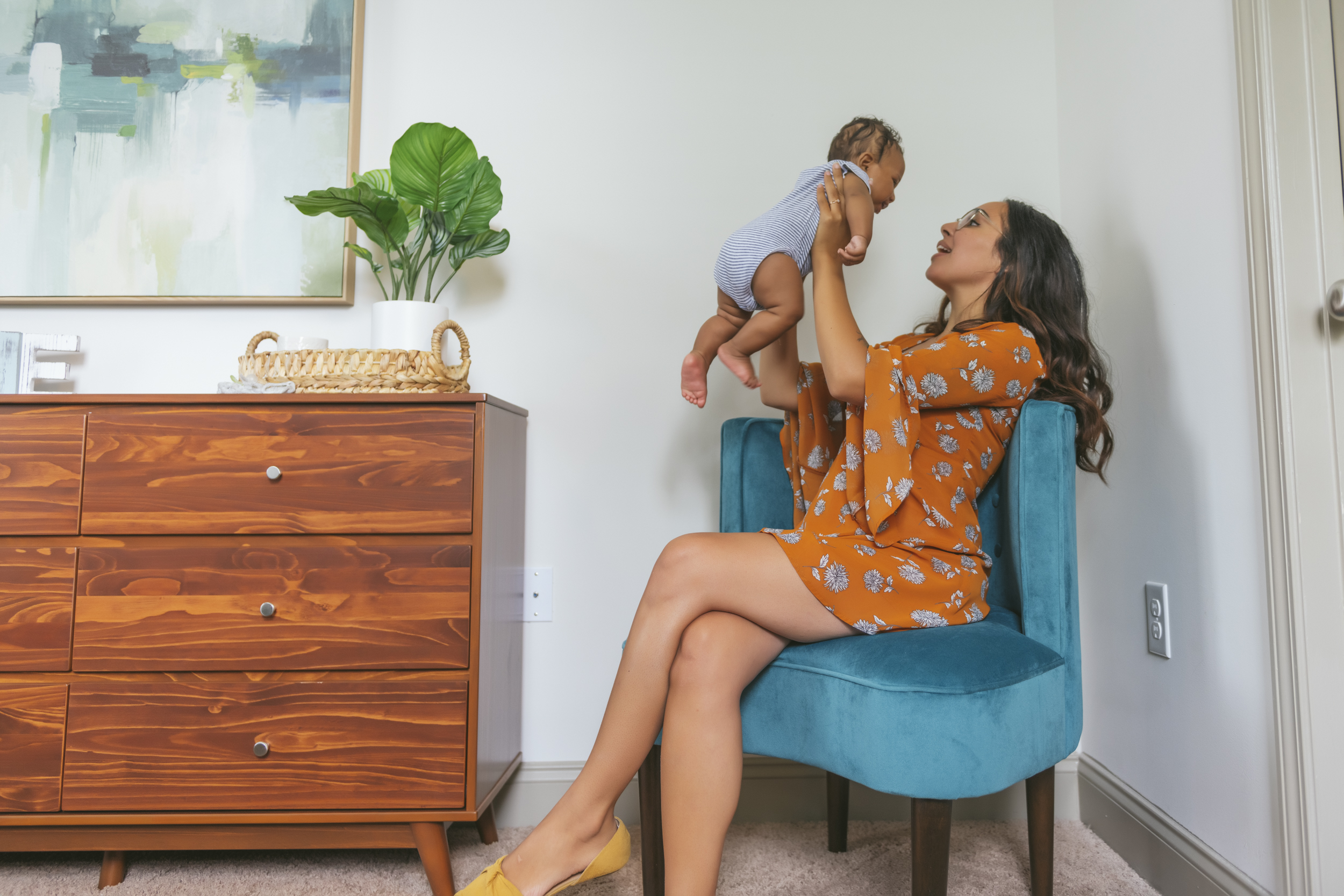 evolve blog refresh your space girl with baby houseplant
