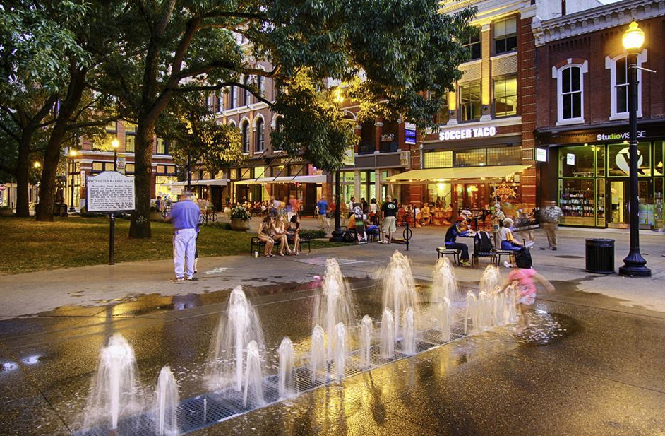 water fountains at market square in knoxville road trip spots