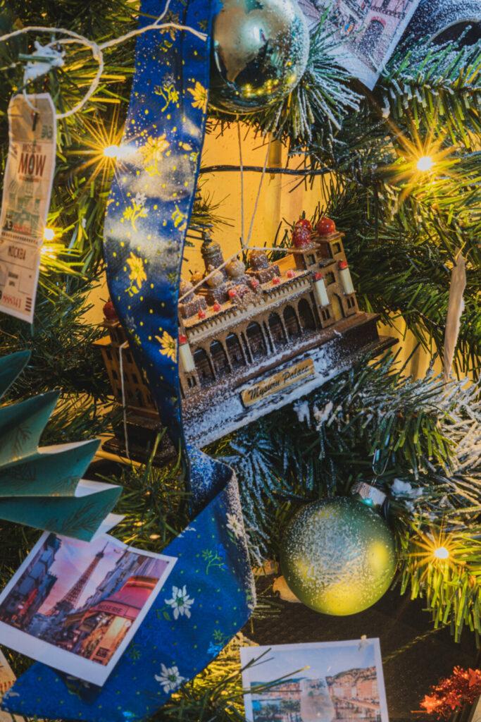 travelers tree evolve blog ornaments