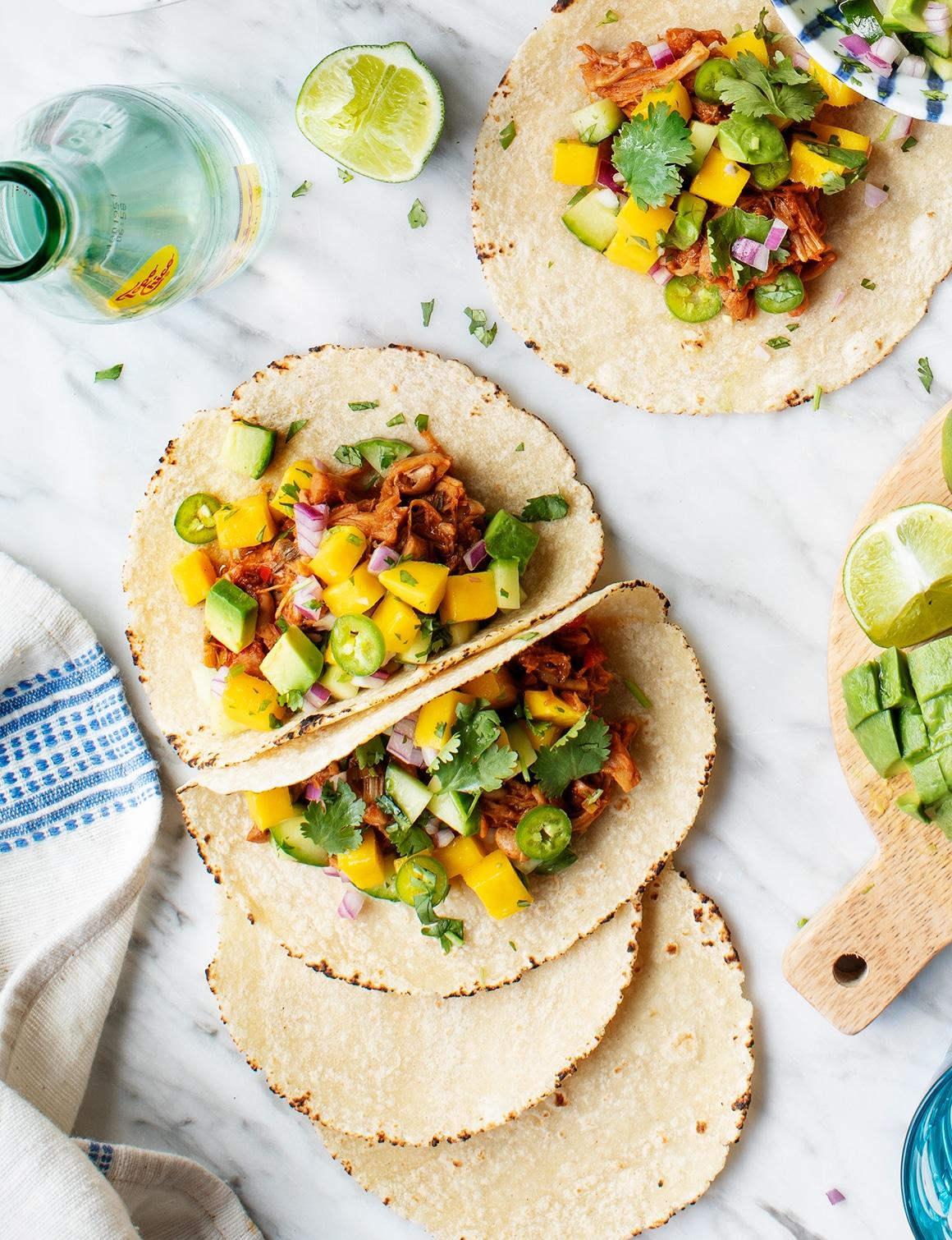 jamaican jerk jackfruit tacos evolve summer recipes blog